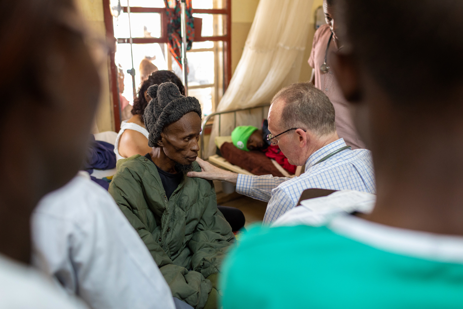Paul Farmer cares for a patient with TB and HIV in Sierra Leone
