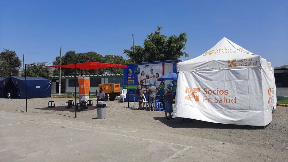 Socios En Salud is screening for COVID-19 and tuberculosis simultaneously, with the help of mobile clinics from its tuberculosis work.