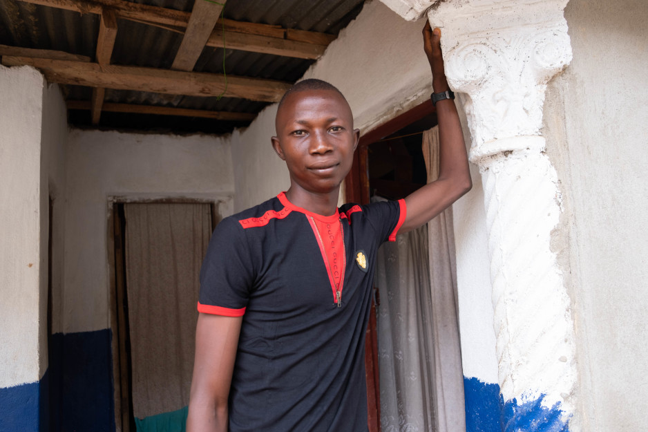Joshua Kamara, 20, has learned to manage his diabetes with support from PIH