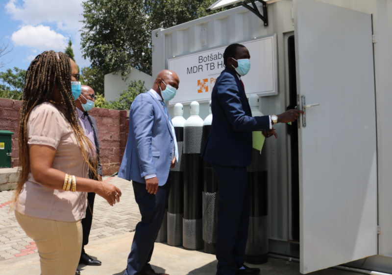 PIH Lesotho opens the country's first medical oxygen plant